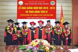 Lễ Khai giảng năm học 2018-2019 và Trao bằng tiến sĩ của Viện Tài nguyên và Môi trường