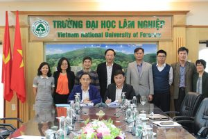 The signing ceremony of a comprehensive Memorandum of Understanding between VNU-Central Institute for Natural Resources and Environmental Studies (VNU-CRES), Vietnam National University and Vietnam National University of Forestry (VNUF), Ministry of Agriculture and Rural Development