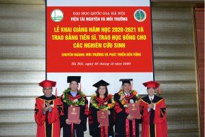 Lễ Khai giảng năm học 2020-2021 và Trao bằng Tiến sĩ, trao học bổng cho các nghiên cứu sinh